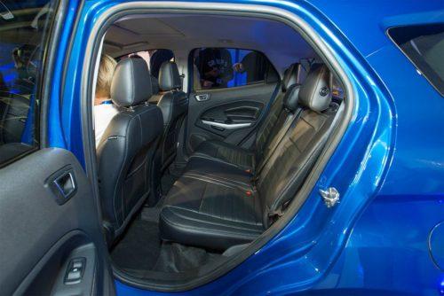 Задний ряд сидений в обновленном Форд Экоспорт 2018 года