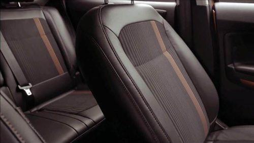 Спинка переднего сиденья в автомобиле Форд Экоспорт 2018 модельного года