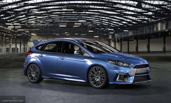Дизайн спортивной версии автомобиля Форд Фокус 2018 года производства