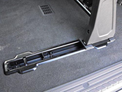 Салазки в полу микроавтобуса Форд Торнео Кастом 2018 модельного года