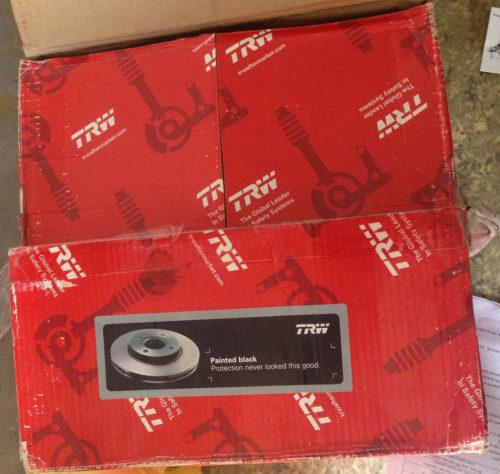 Упаковка тормозного диска TRW на ВАЗ-2110