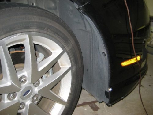Подрылок переднего колеса на Форд Фьюжн