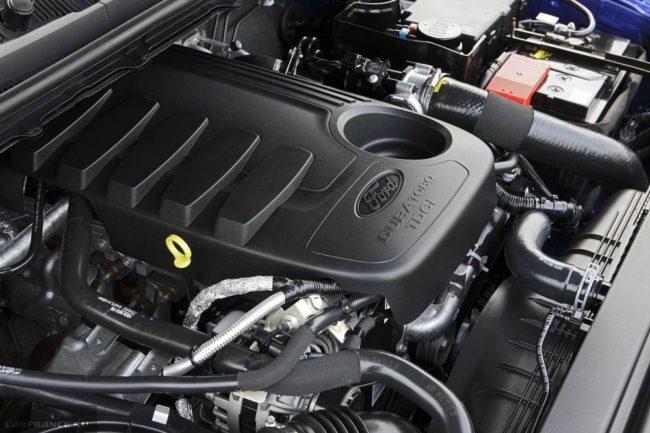 Новый бензиновый двигатель под капотом пикапа Форд Рейнджер 2018 года