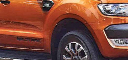 Форд Рейнджер 2018 модельного года вид сбоку в оранжевом цвете