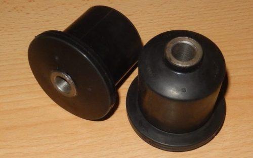 Два сайлентблока из качественной резины для автомобиля ВАЗ-2110