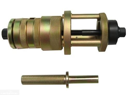 Фото съемника для сайлентблоков рычага передней подвески в ВАЗ-2110