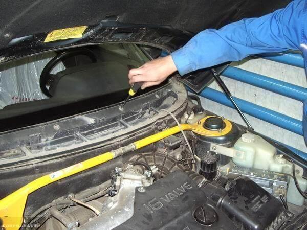 Установка и монтаж жабо назад на кузов ВАЗ-2110