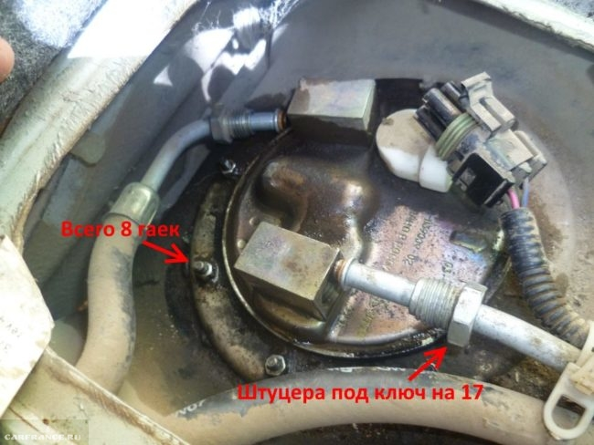 Крепление топливного насоса к бензобаку в ВАЗ-2110