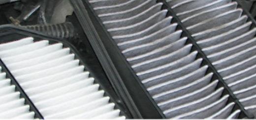 Грязный и чистый новый воздушный фильтр Сузуки Гранд Витара