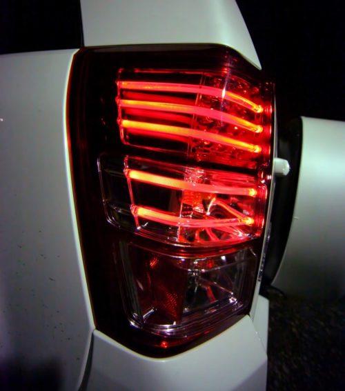 Задний светодиодный фонарь на Сузуки Гранд Витара