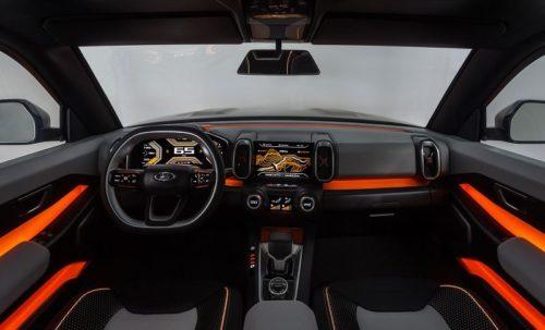 Огромный дисплей на передней панели в новой Lada 4×4 Vision 2019 года