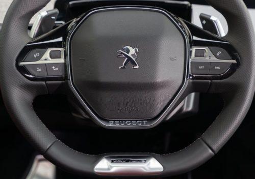 Подушка безопасности в руле Пежо 508 2019 модельного года