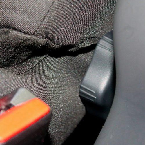 Рычажок подъема/опускания спинки сидения в Рено Сандеро Степвей 2019 года выпуска