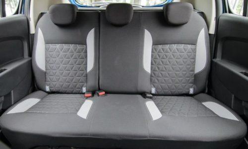 Раздельная спинка заднего ряда пассажирских сидений в Рено Сандеро Степвей 2019 года