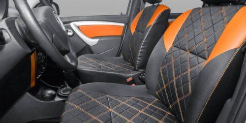 Обивка переднего ряда сидений внутри Лада Ларгус кросс 2019 года производства