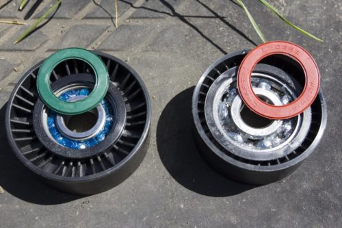 Проверка наличия смазки в роликах для Фольксваген Поло седан