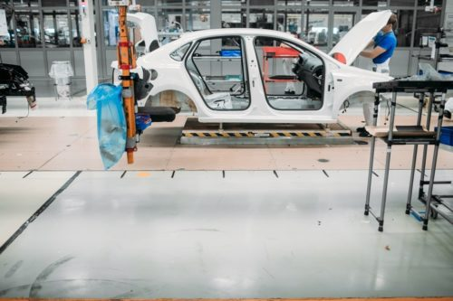 Сборочный цех завода Фольксваген по производству автомобилей в России