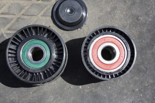 Старые и новые ролики ремня генератора Фольксваген Поло седан