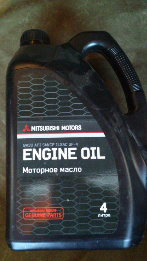 Рекомендуемое масло для мотора объемом 1,6 л Митсубиси Лансер 9
