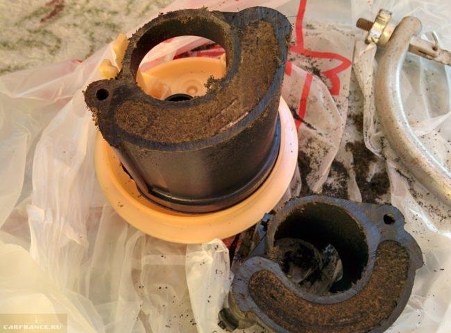 Загрязнение фильтра тонкой очистки от автомобиля Митсубиси Лансер 9