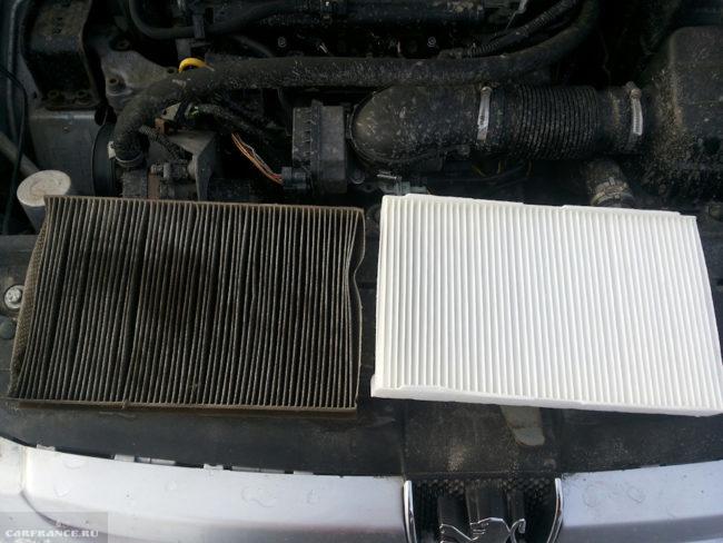 Старый грязный и новый чистый фильтр салона для автомобиля Пежо 307