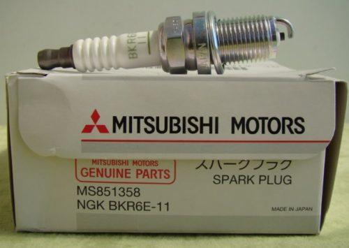 Фирменная свеча зажигания NGK MS851358 для автомобиля Митсубиси Лансер 9